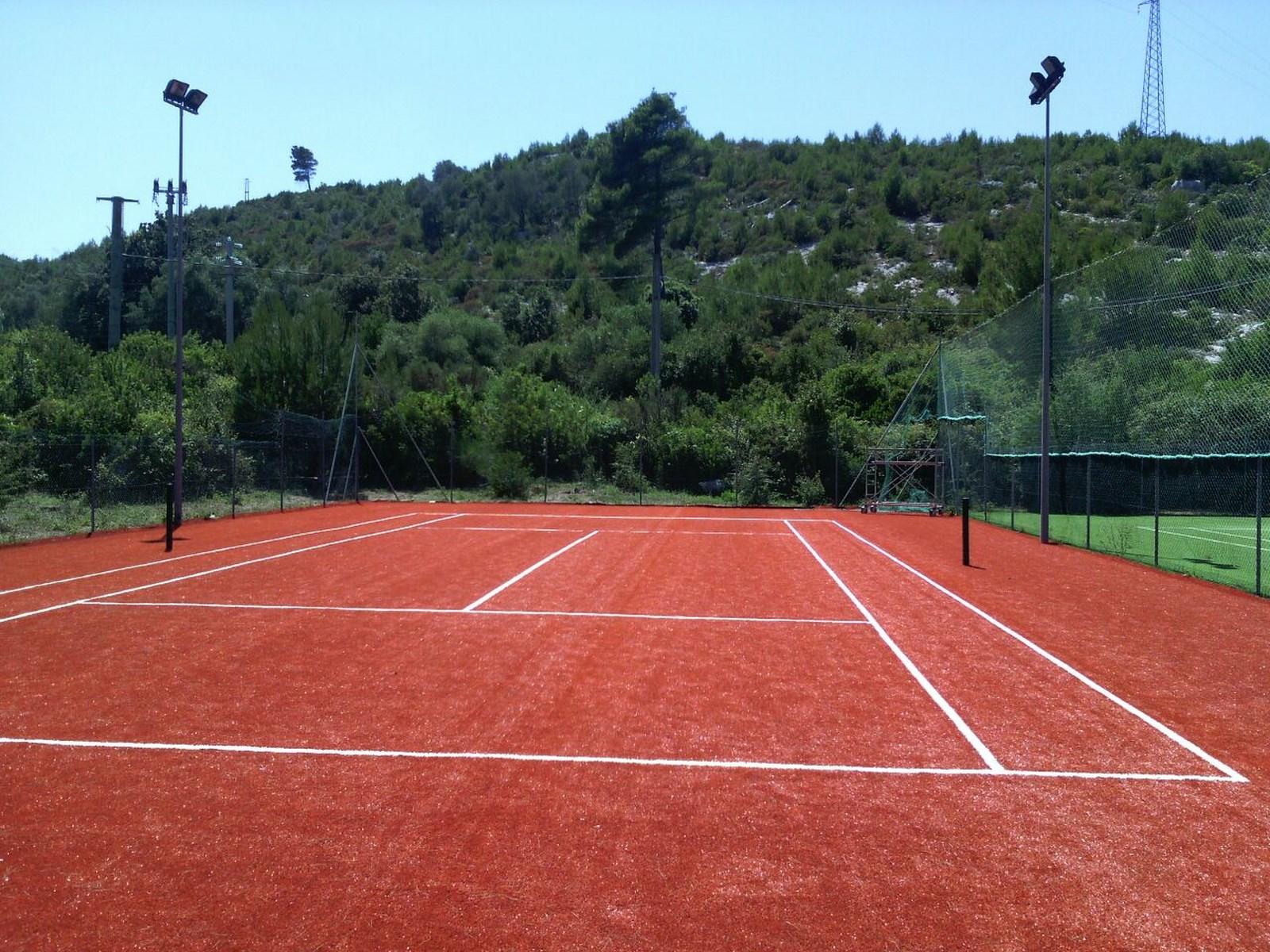 Giemme realizzazione campi da tennis